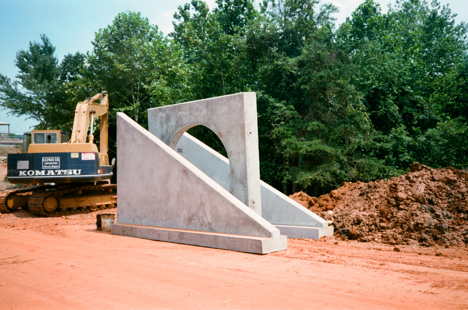 Precast Concrete Wingwalls : Concrete pipe permatile products company